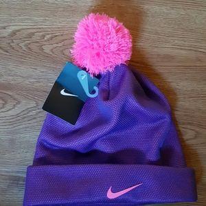 Nike Youth Pom Pom Hat